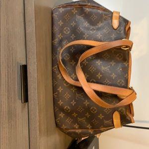 used authentic louis vuitton bag
